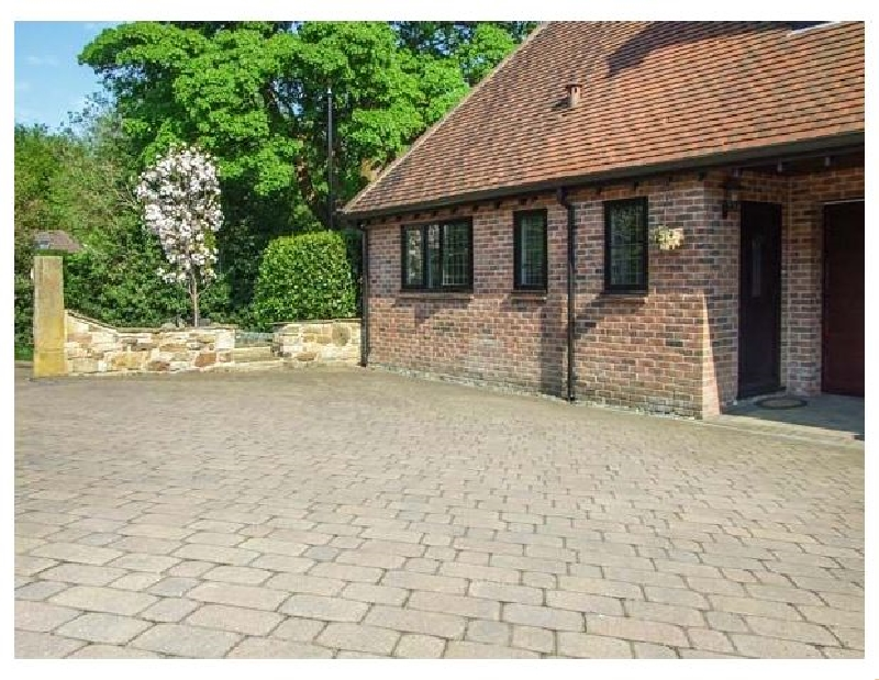 Beechcroft Corner House a british holiday cottage for 2 in ,