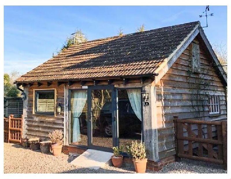 The Pheasant's Nest a british holiday cottage for 2 in ,