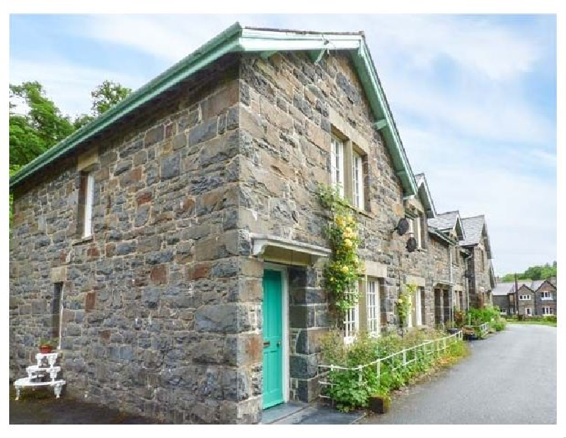 3 Glanrafon a british holiday cottage for 4 in ,