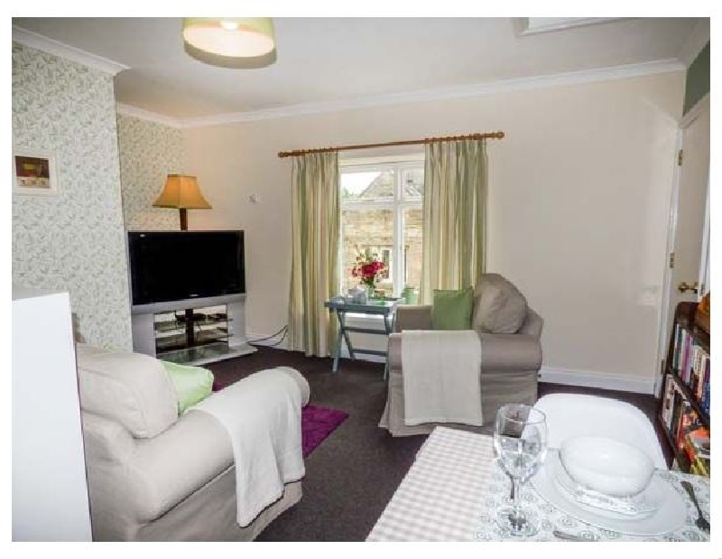 Old Queen's Head a british holiday cottage for 2 in ,