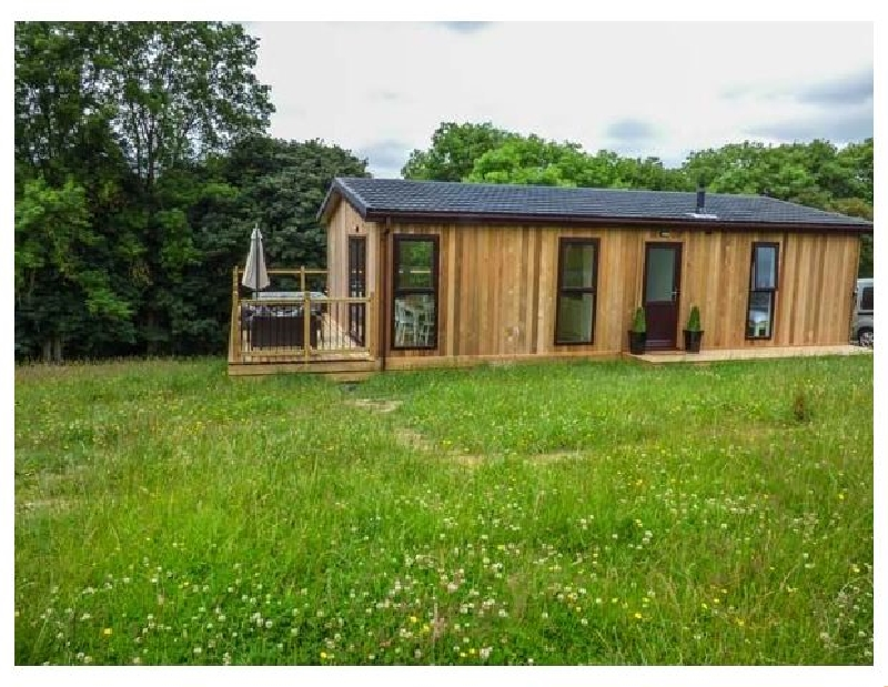 Beech Lodge a british holiday cottage for 4 in ,