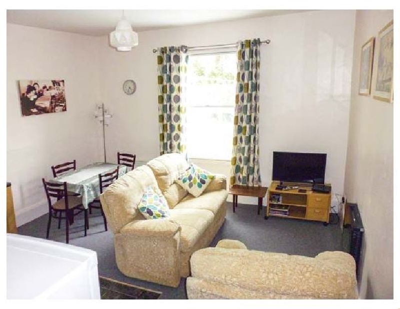Harley Apartment a british holiday cottage for 2 in ,