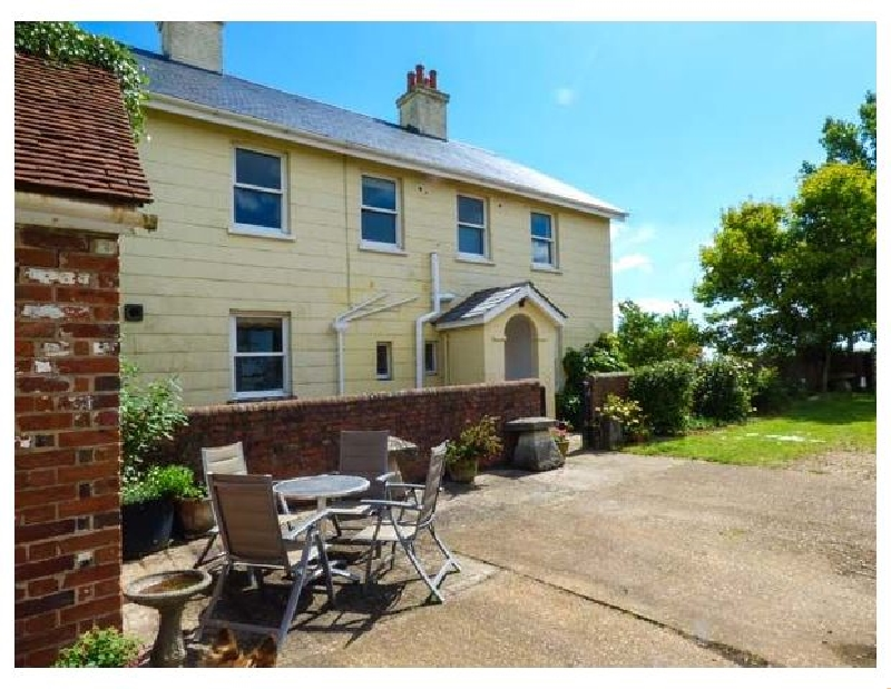 Somerton Farm a british holiday cottage for 8 in ,