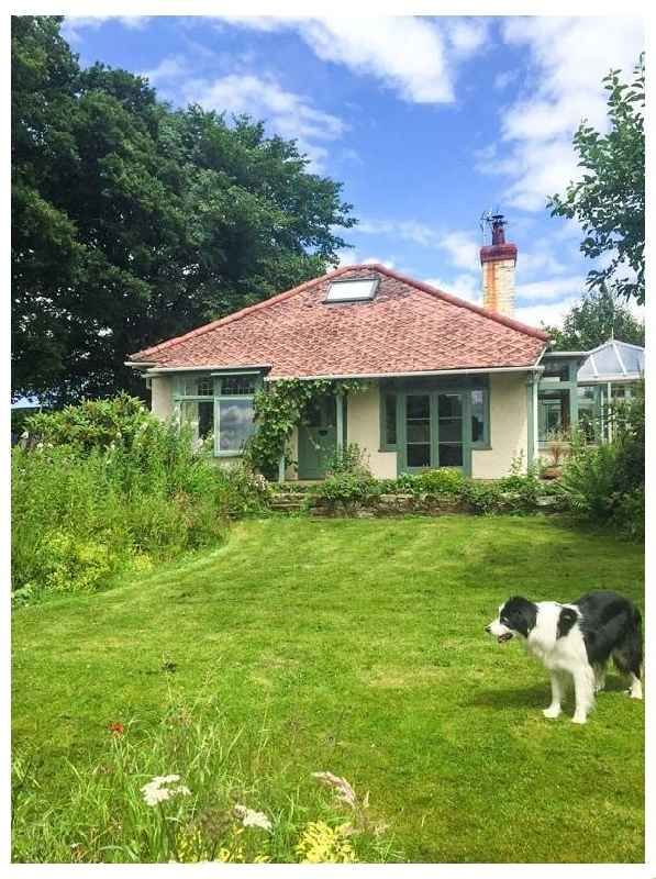 Hill Brow a british holiday cottage for 4 in ,