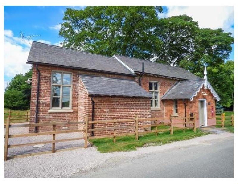 The Old School a british holiday cottage for 4 in ,