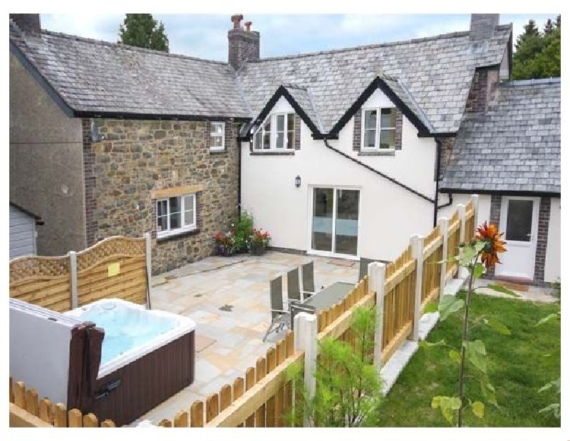 Parc Cottage a british holiday cottage for 7 in ,