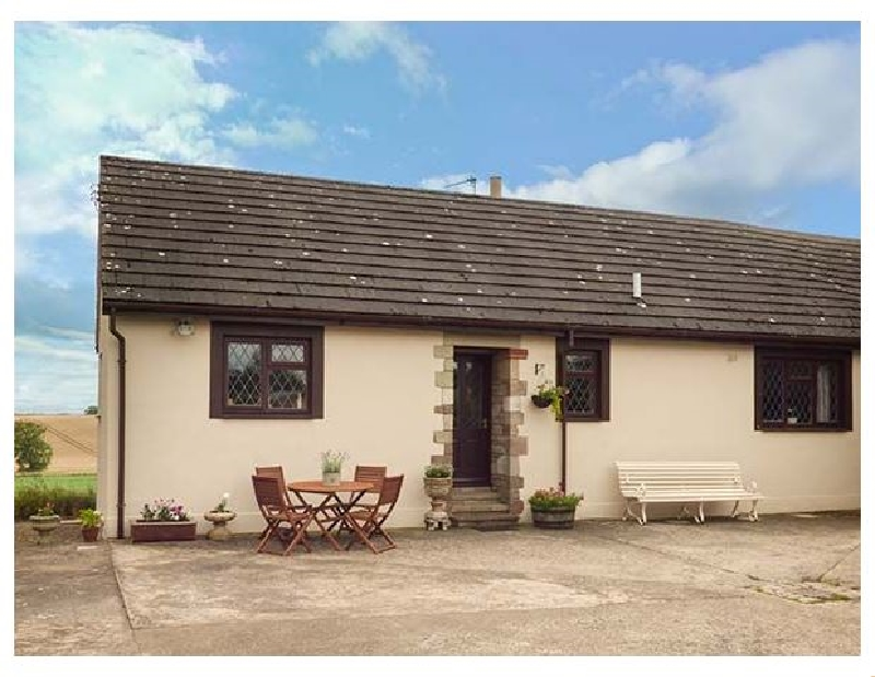 Courtyard Cottage a british holiday cottage for 4 in ,