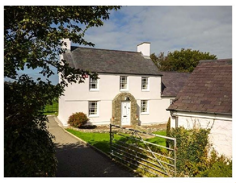 Cwm Farm a british holiday cottage for 6 in ,