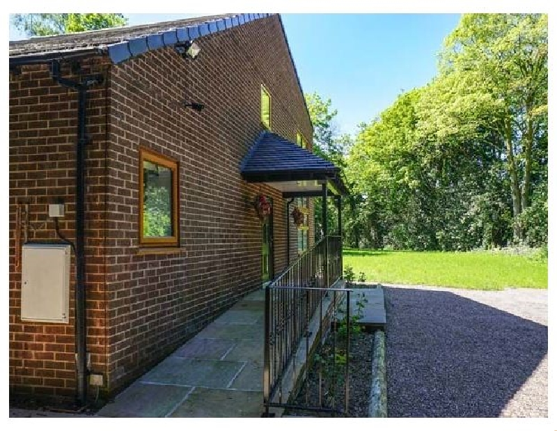 Dunsdale Lodge a british holiday cottage for 8 in ,