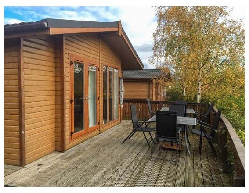 Clachnaben View Lodge a british holiday cottage for 8 in ,