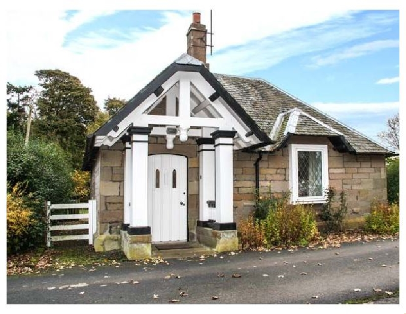 The Lodge a british holiday cottage for 2 in ,