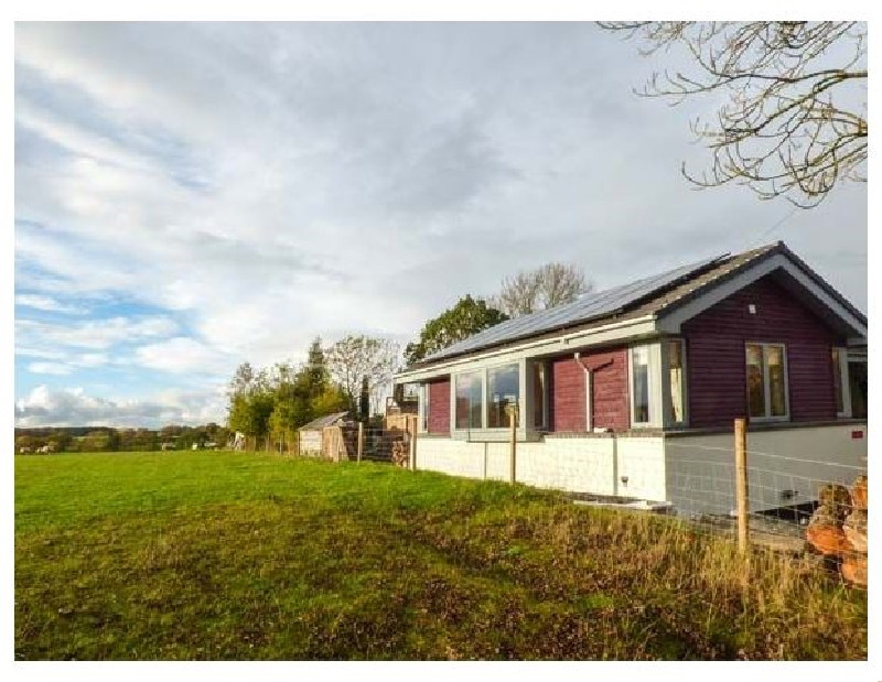 Tatami a british holiday cottage for 4 in ,