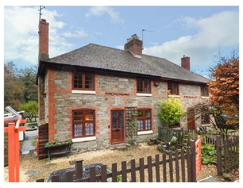 3 Crown Cottages a british holiday cottage for 4 in ,