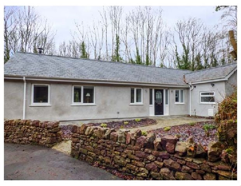 Rhiwal a british holiday cottage for 4 in ,