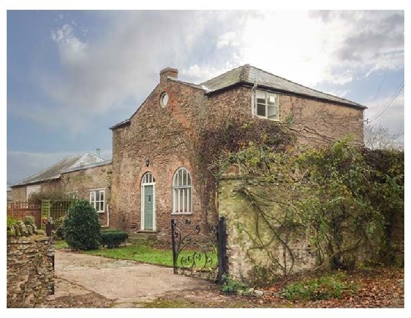 The Coach House a british holiday cottage for 6 in ,
