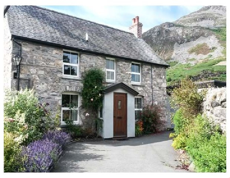 Bodywen a british holiday cottage for 6 in ,