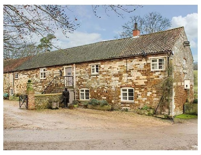 Croxton Lodge and Curlews Nest a british holiday cottage for 16 in ,