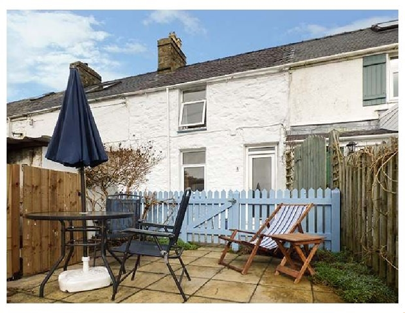 Merlin a british holiday cottage for 3 in ,