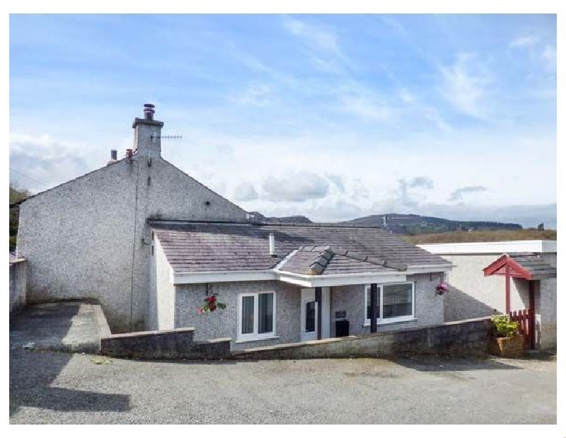 Arfryn a british holiday cottage for 6 in ,