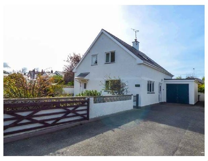 Fernlea a british holiday cottage for 6 in ,