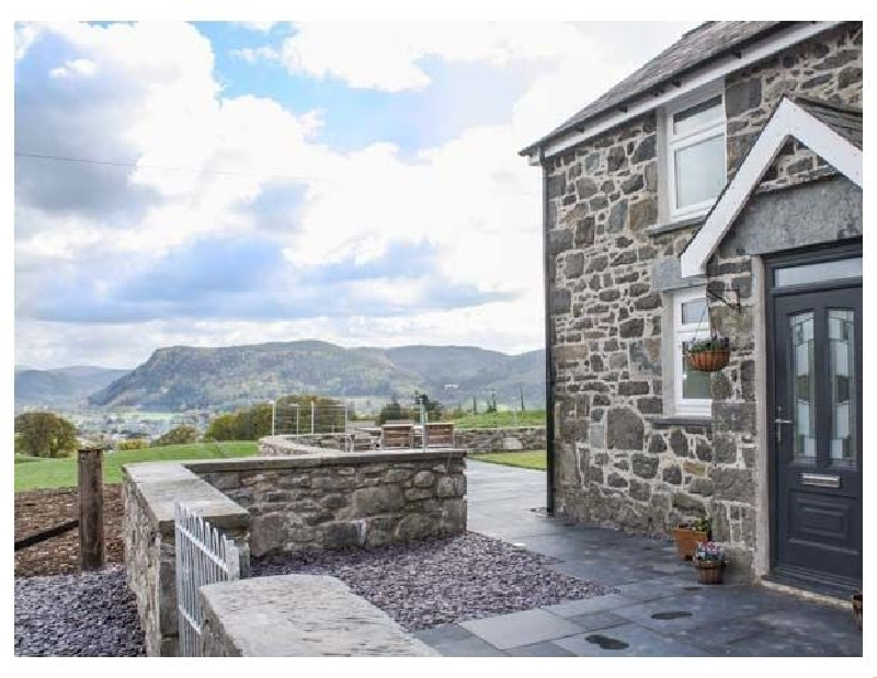 Pen Y Bryn Cottage a british holiday cottage for 6 in ,