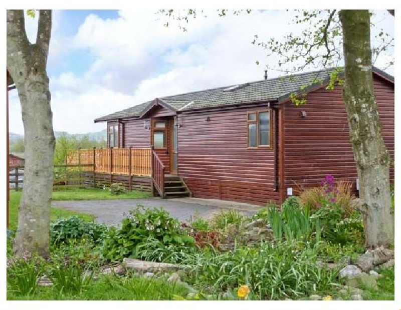 Lake Vista Lodge a british holiday cottage for 4 in ,