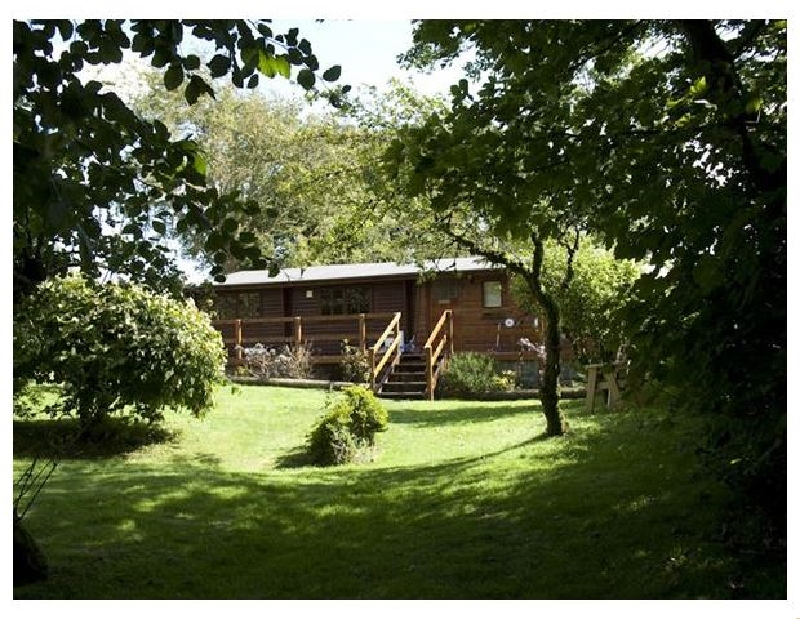 The Log Cabin a british holiday cottage for 6 in ,