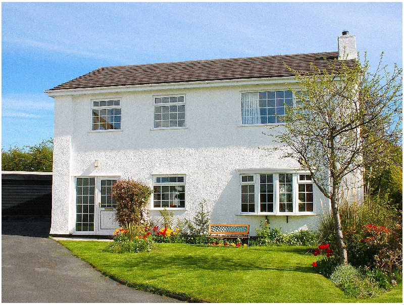 Anglesey White Haven a british holiday cottage for 8 in ,