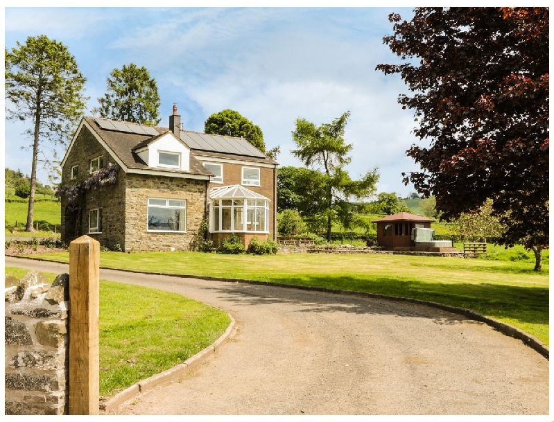 Bicton Lea a british holiday cottage for 10 in ,