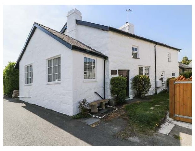 Hafan Cartref a british holiday cottage for 5 in ,