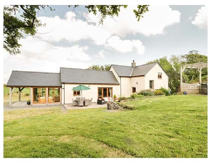 Glan Gors a british holiday cottage for 6 in ,