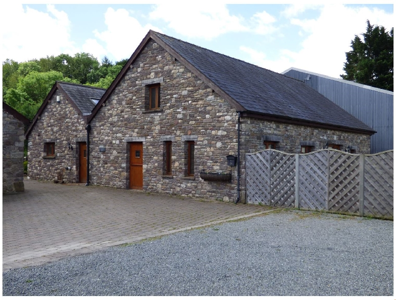 Riverside Barn a british holiday cottage for 6 in ,
