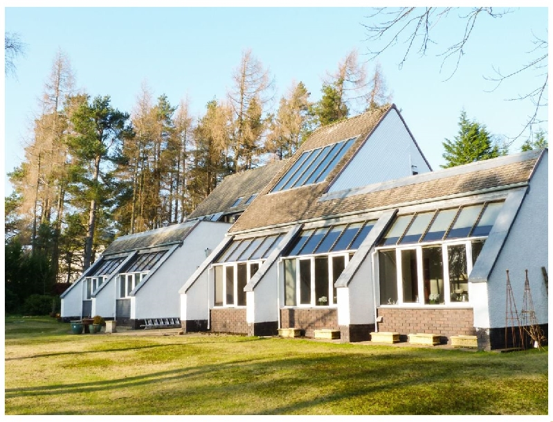 Balmoral Court a british holiday cottage for 10 in ,