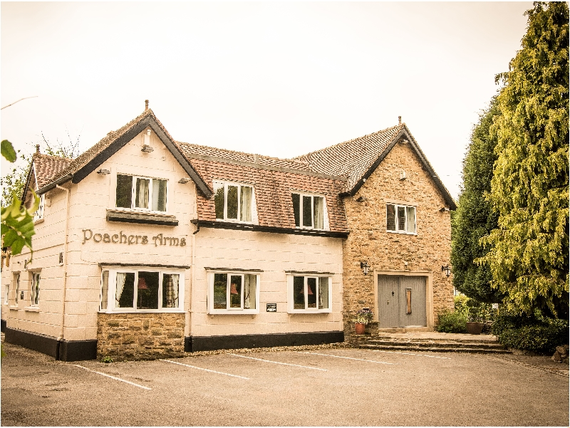 Poacher's Arms a british holiday cottage for 30 in ,