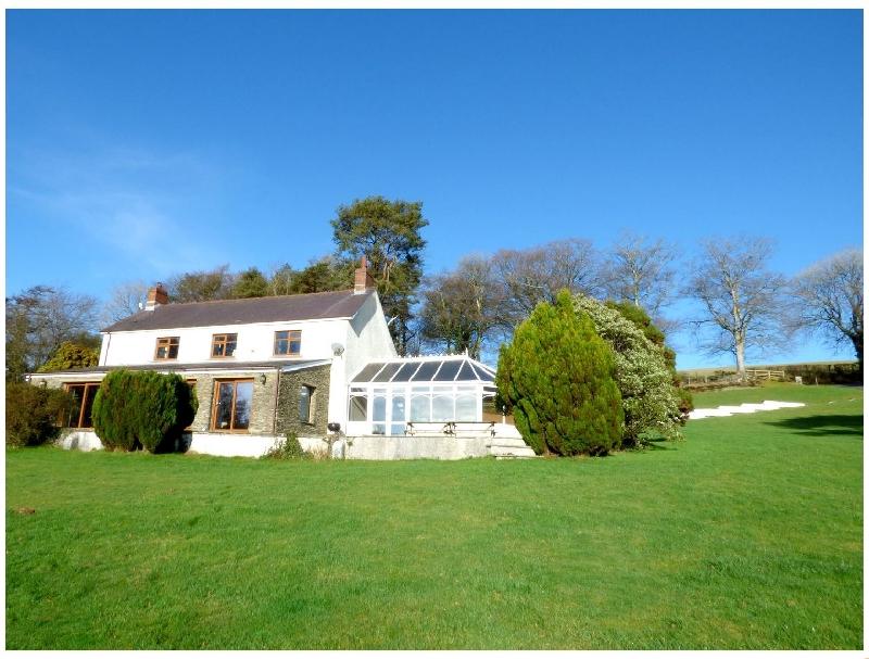 Blaenachddu a british holiday cottage for 10 in ,