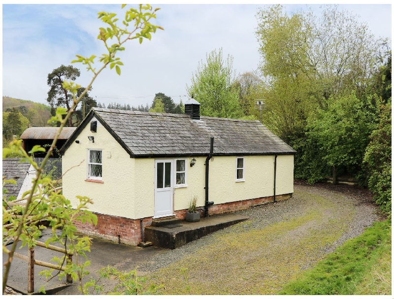 Tyn Y Minffordd a british holiday cottage for 2 in ,
