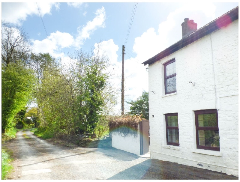 Old Railway Inn Cottage a british holiday cottage for 2 in ,