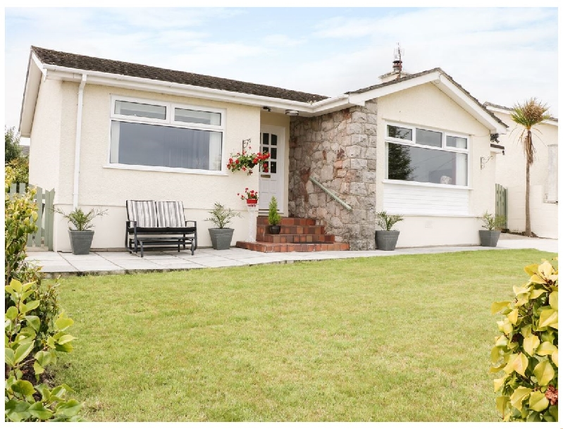 Marbuchan a british holiday cottage for 6 in ,