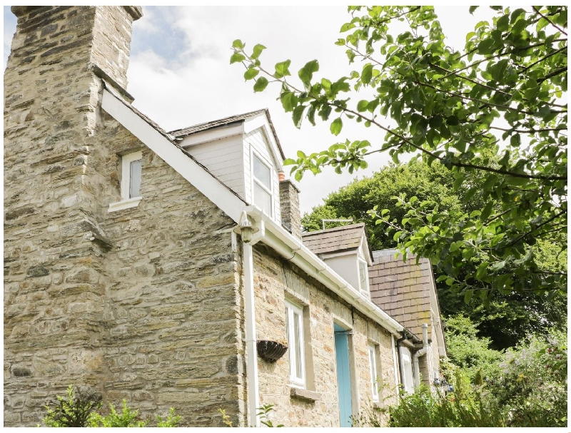Brynaber a british holiday cottage for 3 in ,