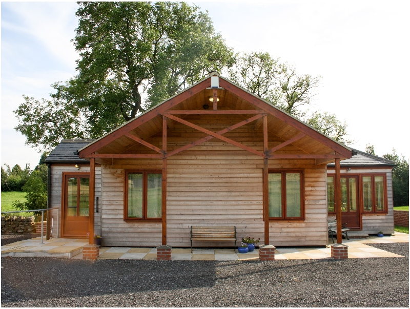 Click here for more about Little Owl Lodge