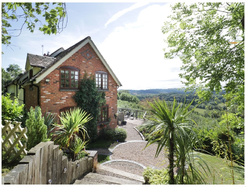 Hillview Cottage a british holiday cottage for 8 in ,