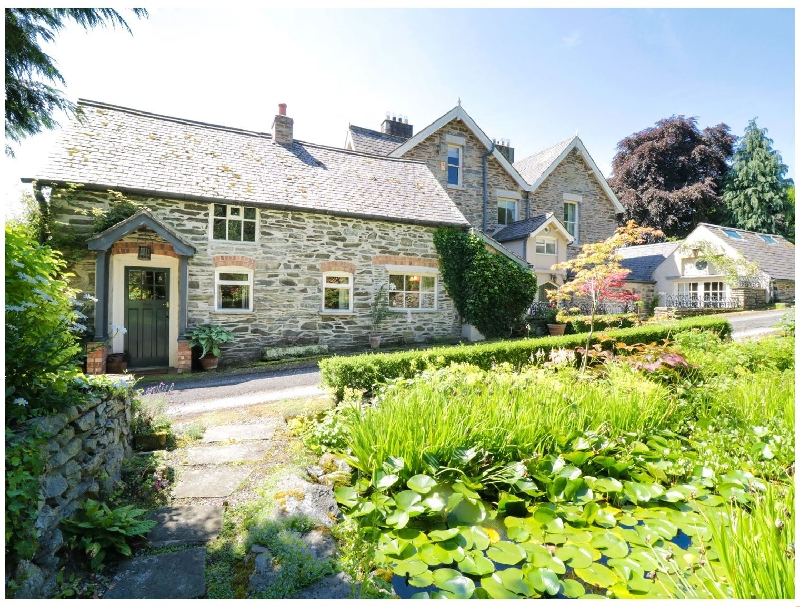 Aber Clwyd Manor a british holiday cottage for 2 in ,