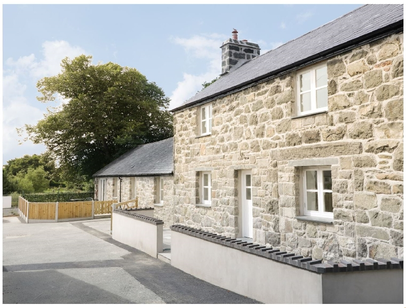 Cefn Bryn Mawr a british holiday cottage for 6 in ,