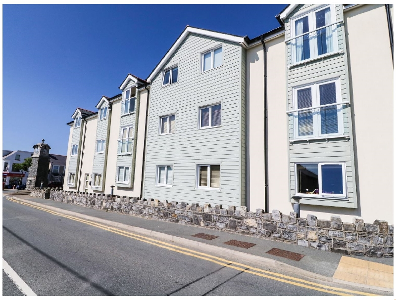 Maelog- 14 Tides Reach a british holiday cottage for 4 in ,