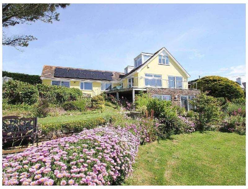 Windrush a british holiday cottage for 8 in ,