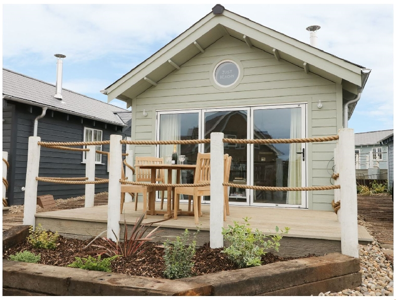 Just Beachy a british holiday cottage for 4 in ,