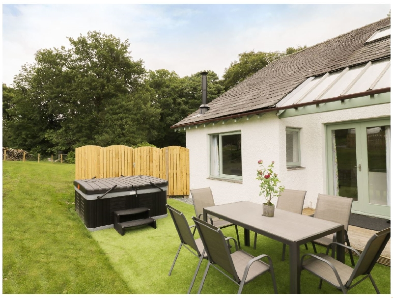 Click here for more about Yew - Woodland Cottages