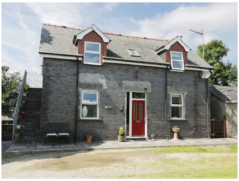 Hen Stabl a british holiday cottage for 4 in ,