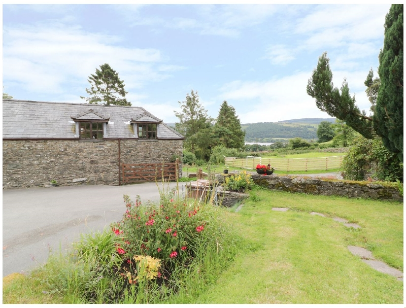 Hen Ysgubor Cottage a british holiday cottage for 4 in ,