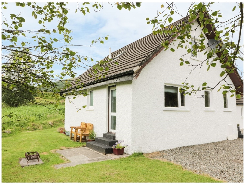 The Auld Tyndrum Cottage a british holiday cottage for 8 in ,